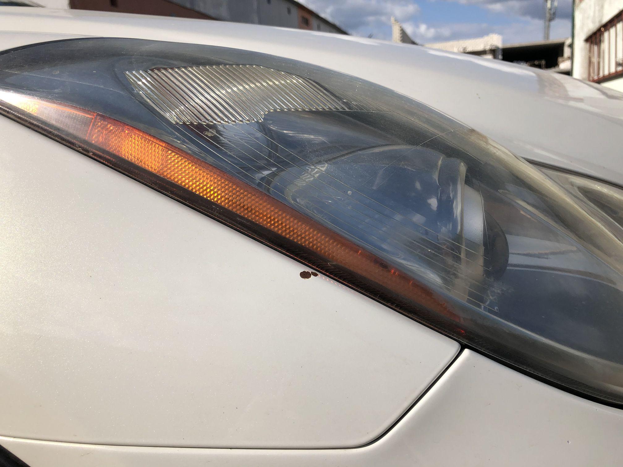 Infiniti EX35 ремонт скола на крыле